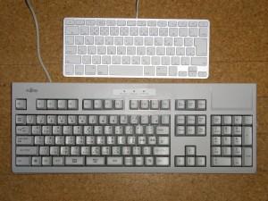 AppleキーボードとFMV-KB232