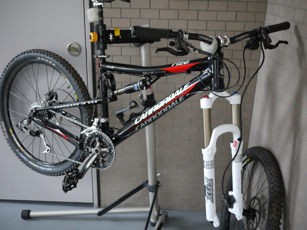 Cannondale Rize 5 2009 + FOX FORX 32 FLOAT 140 R 2009