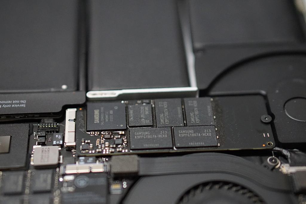 換装前のSSD