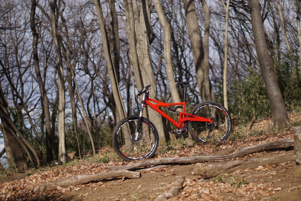 里山向きのバイク