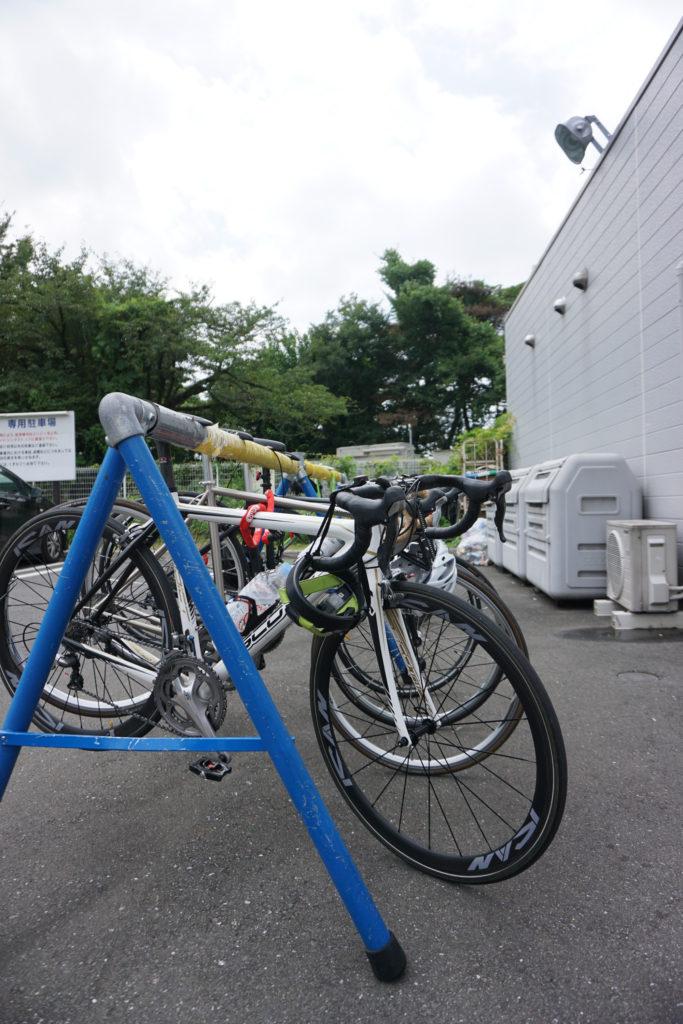 サイクリストが集うコンビニ