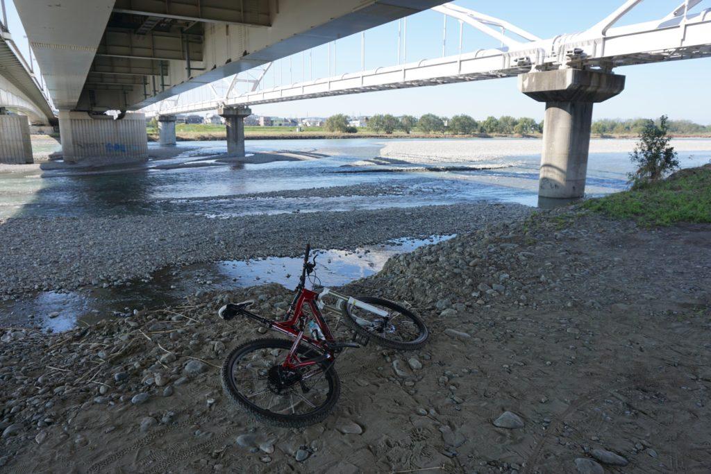 好天も多かったので、多摩川の水位も低め
