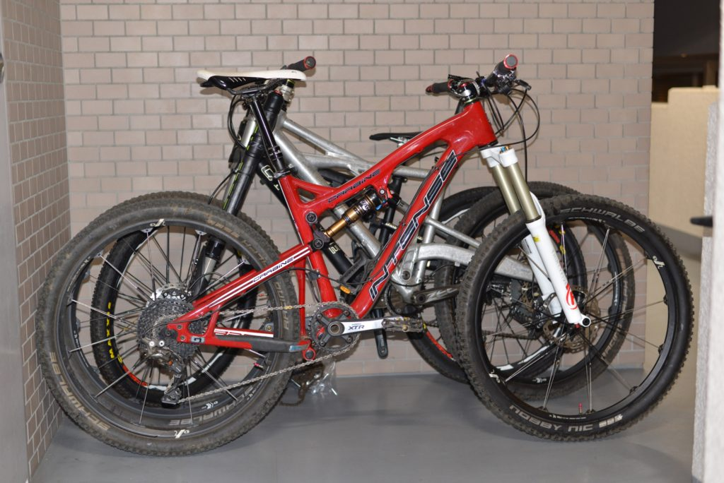 Intense Carbine 275 と Cannondale Prophet 275でタイヤ交換