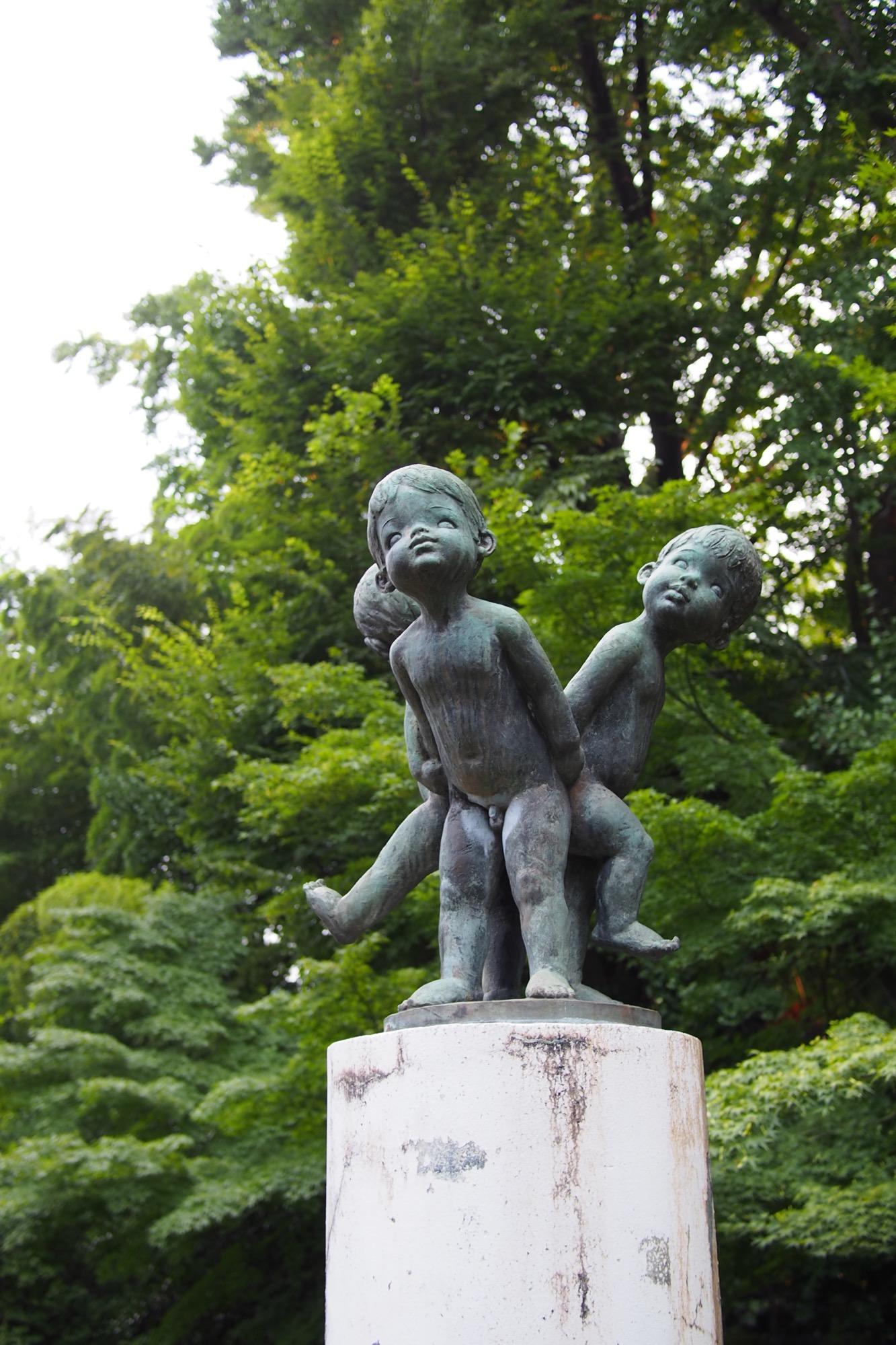 つのだじろう先生系の銅像