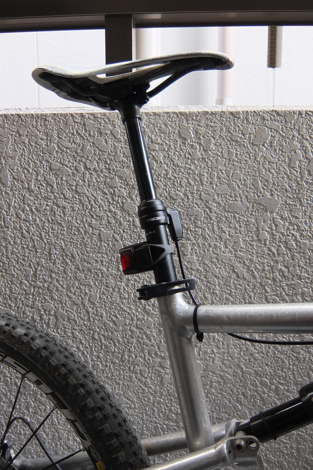 Brand-X Ascend Seatpost