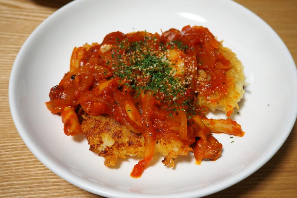 白身魚のフライ トマトソース