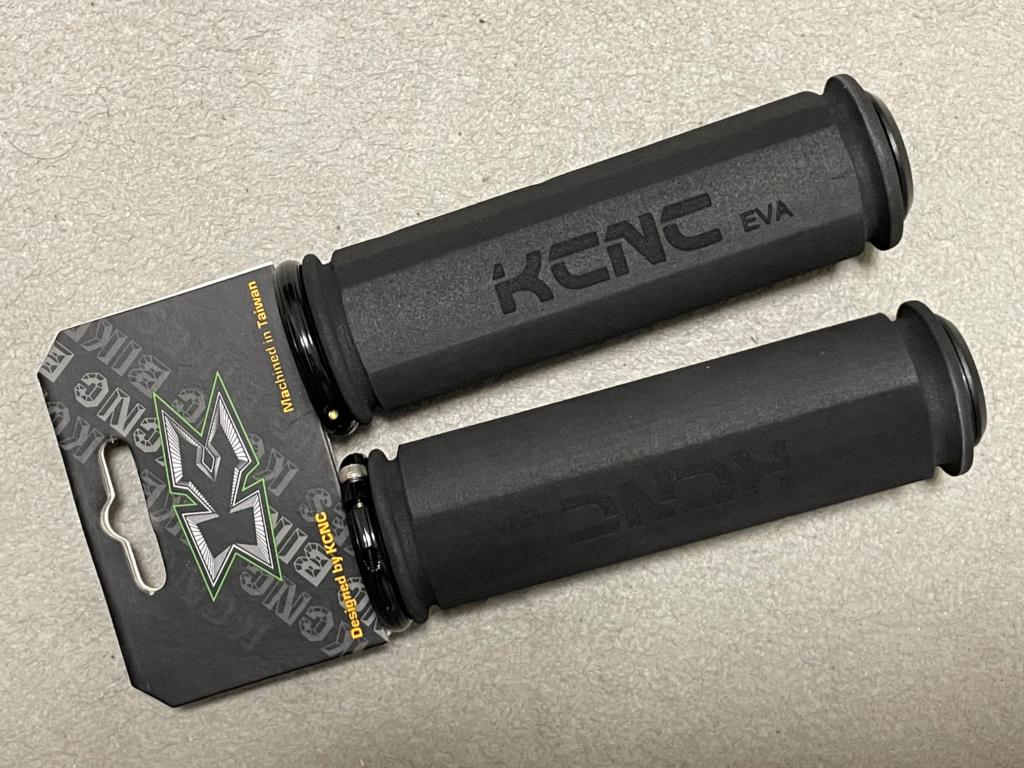 KCNC 自転車用 超軽量 ハンドルグリップ ロックオン 固定式 EVA
